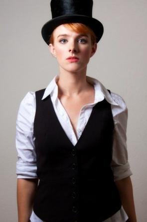 Laura L.